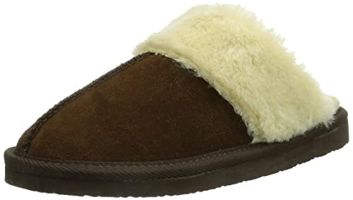 f4c92bbac6726 Minnetonka Women s Chesney Scuff Slipper Brown  Amazon.ca  Shoes ...