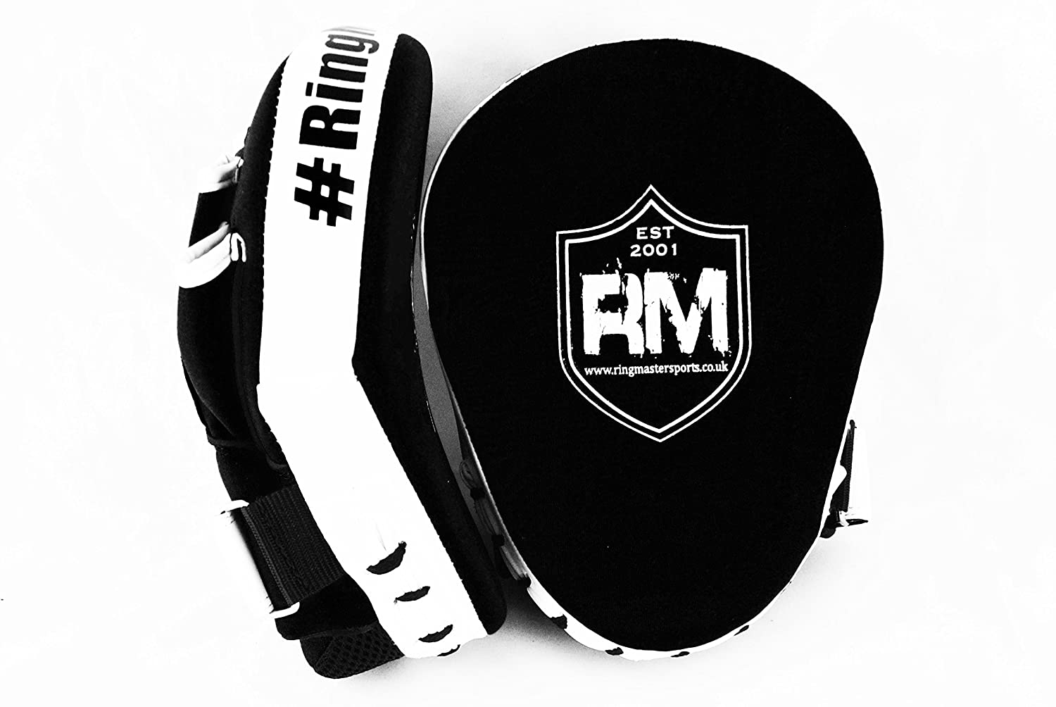 RingMasterUK Focus Pads Mitts Synthetic Leather White/Black by RingMasterUK FP-30005OS