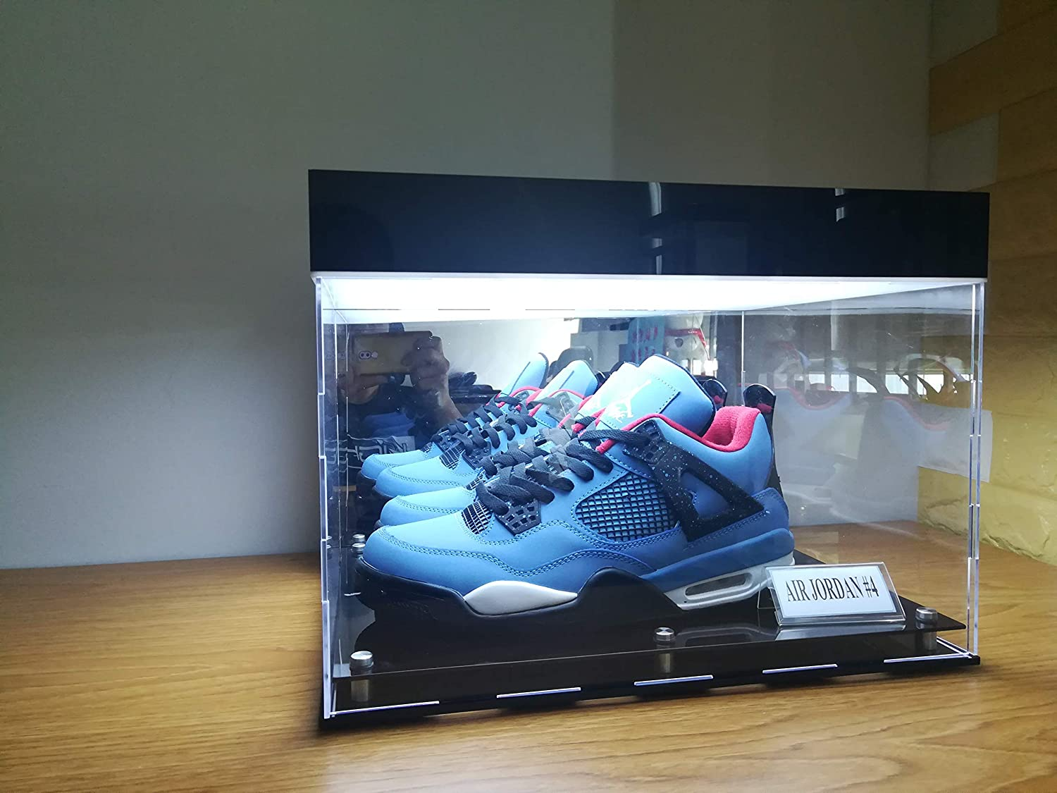 CPS Basketball Shoes Clear Acrylic Panels Display Cases for Sports Memorabilia Products Storage Showcase