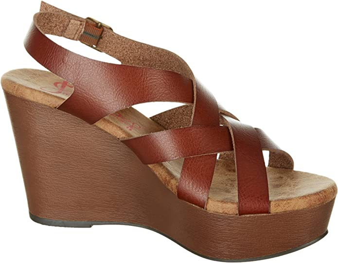 Platform Sandals only $9.99 in amazon and get one free