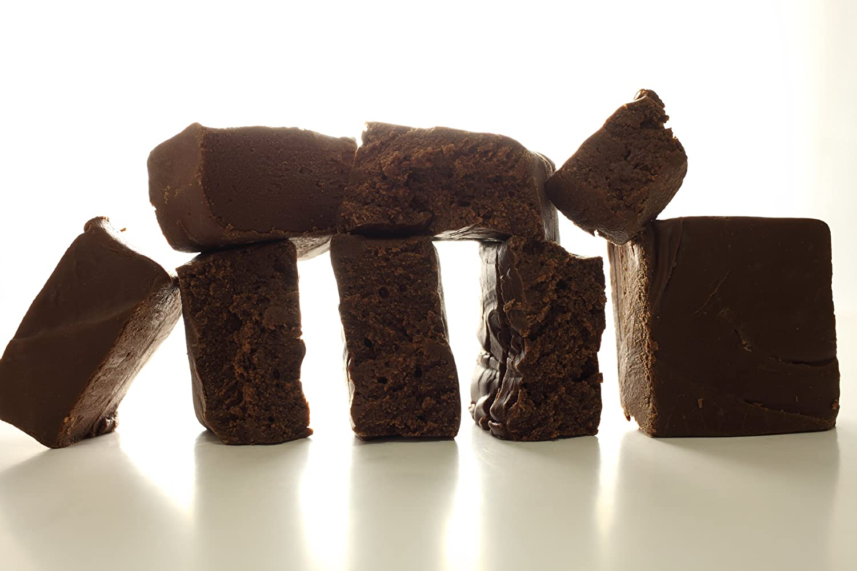 Oh Fudge - Chocolate Fudge 1 Pound - The Oh Fudge Co. secret chocolate fudge recipe - Rich, Pure, Delicious Creamy Chocolate Fudge Made with Real Cream and Butter ohfudge.net - compared to Mo's Fudge Factor, chocolate fudge 1 pound