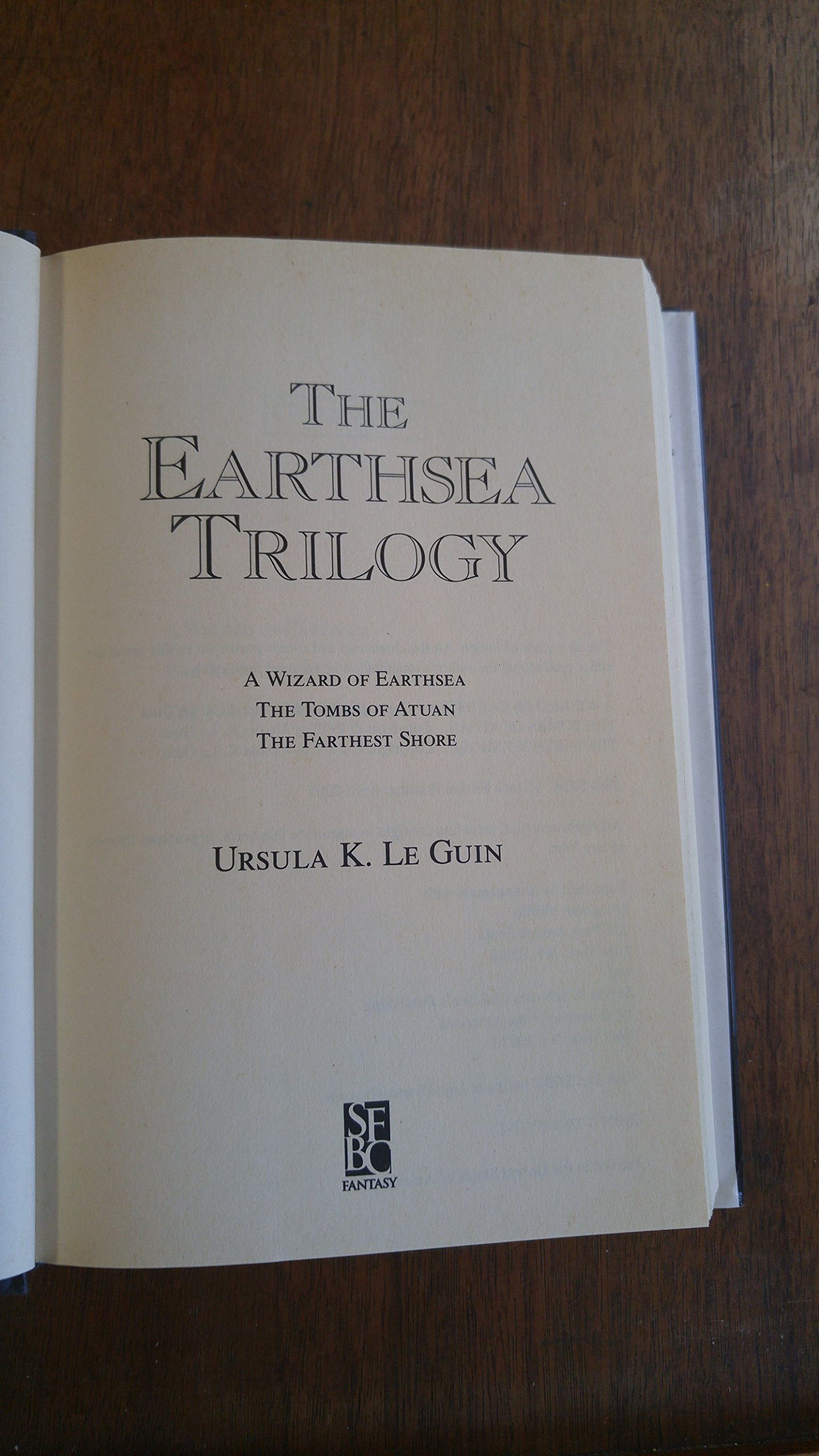 The Earthsea Trilogy: A Wizard Of Earthsea; The Tombs Of Atuan; The  Farthest Shore: Ursula K Le Guin: 9780739452714: Amazon: Books
