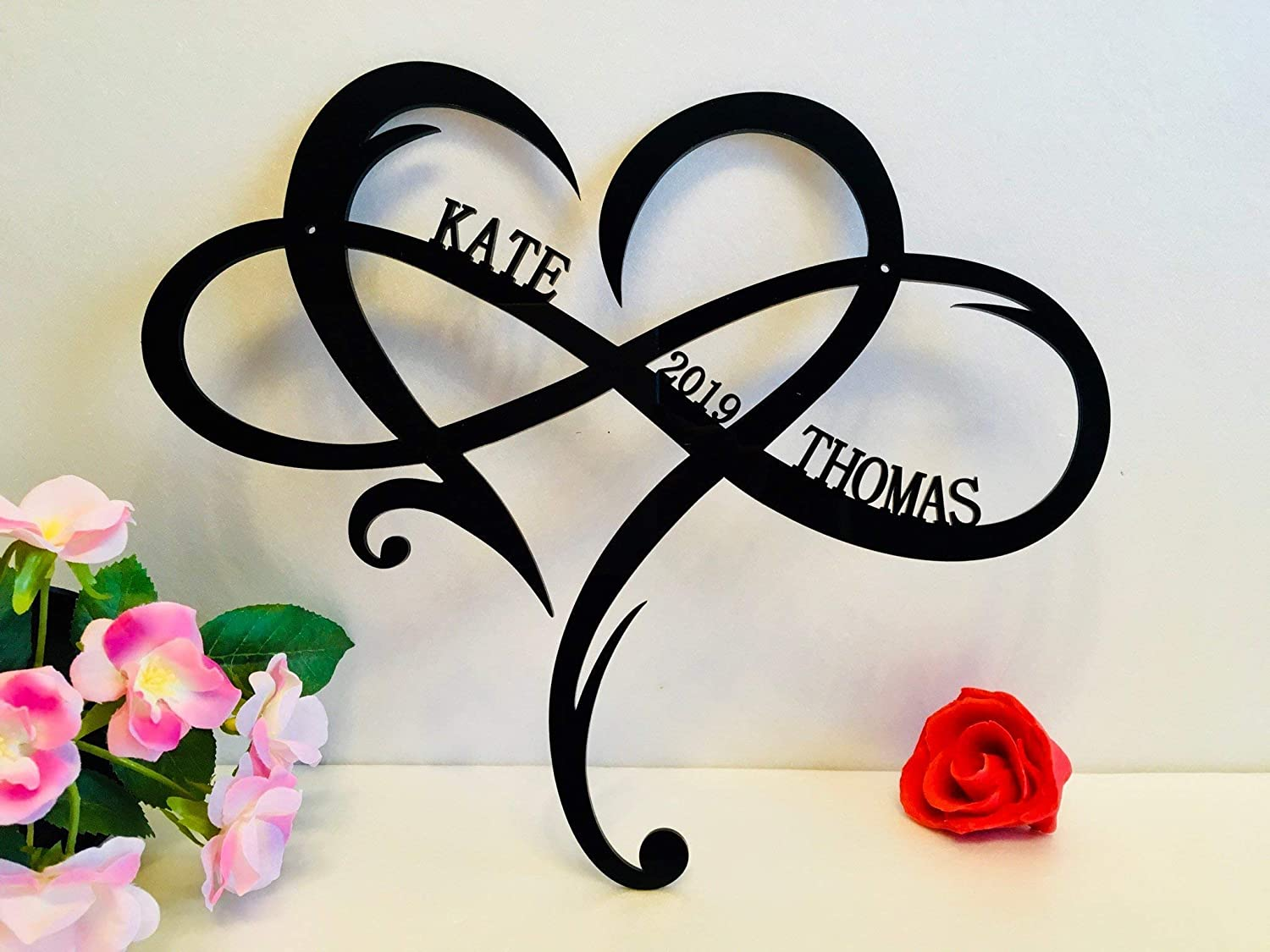 Personalized Wall Hanging Sign Couple Names Est. Year Established Custom Door Hanger Love Heart Shape Infinity Symbol Wedding Decorations Family Gift for Couples Outdoor Valentines Wood Metal Acrylic