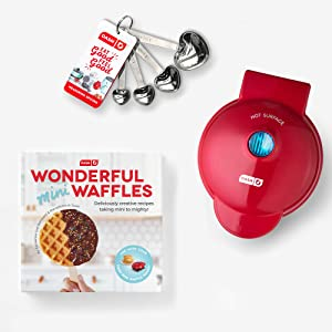 Dash DMWGS001RD Wonderful Gift Set Mini waffle maker, 4 inch, Red giftpack