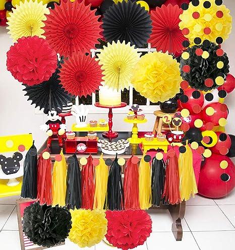 Centros de mesa en rojo y amarillo con tema Mickey Mouse