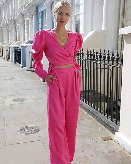 Leonie-Hanne-Outfit-Hose-Croptop-Pink-Frau