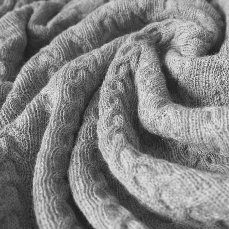 Lorenzo Cana Voluminöse Luxus Alpakadecke aus 100% Alpaka - Wolle vom Baby Alpaka - Zopfmuster Fair Trade Decke Wohndecke gestrickt Sofadecke Tagesdecke Kuscheldecke
