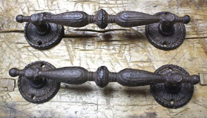 Starworld- Cast Iron Antique Style RUSTIC Barn Handle Gate Pull Shed Door  Handle 9.25 inch - Amazon.com: Starworld- Cast Iron Antique Style RUSTIC Barn Handle