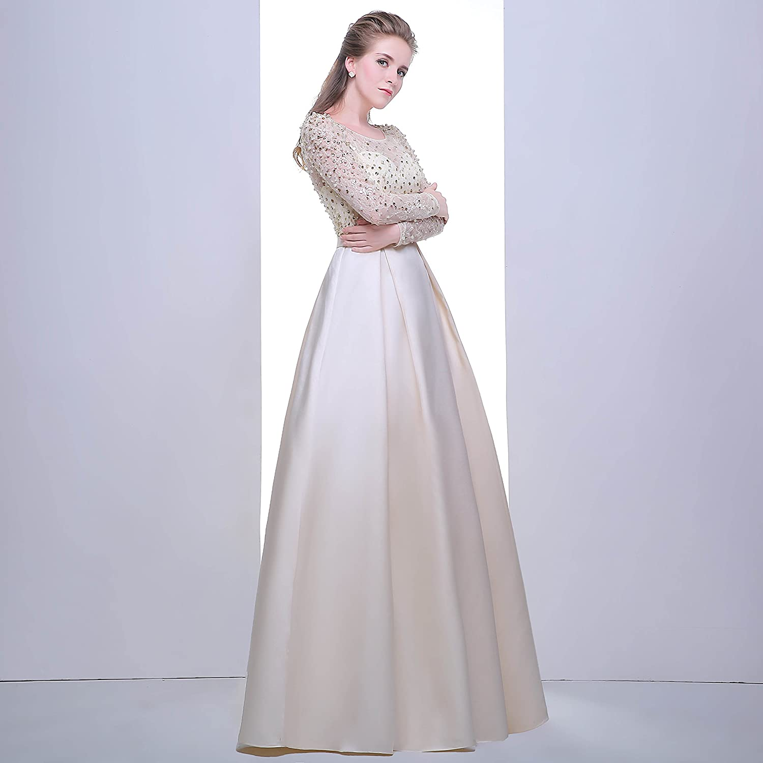 Amazon.com: Finove Elegant Boat Neck Pearls Sequins Long Sleeve Floor-length Formal Dresses: Clothing
