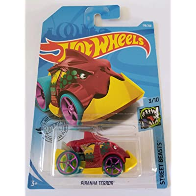 Hot Wheels 2020 Street Beasts Piranha Terror, 178/250: Toys & Games