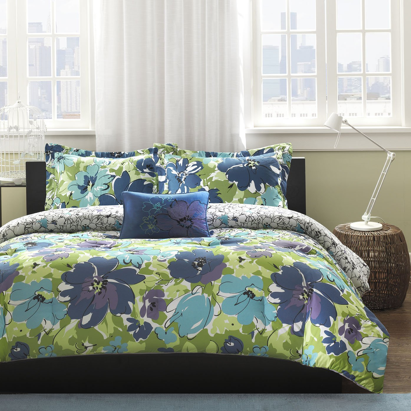 Mizone Jayna 4 Piece Comforter Set, Full/Queen, Blue