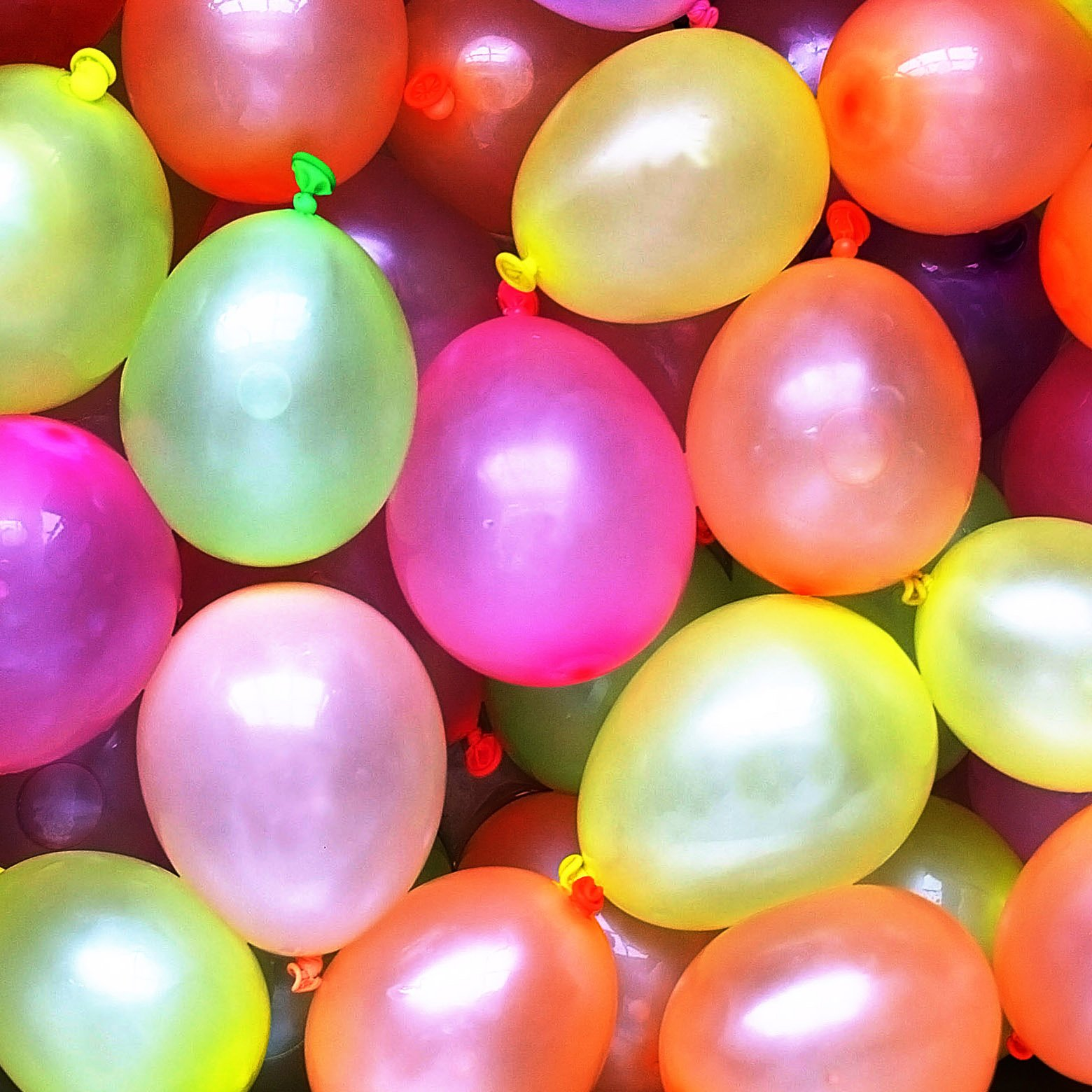 Cool & Fun {36 Count Pack} of 3'' - 6'' Inch ''Standard Size'' Water Balloon Bomb Grenades Made of Latex Rubber w/ Cool Fun Design {Neon Orange, Yellow, Purple, Pink & Green Colored} by mySimple Products