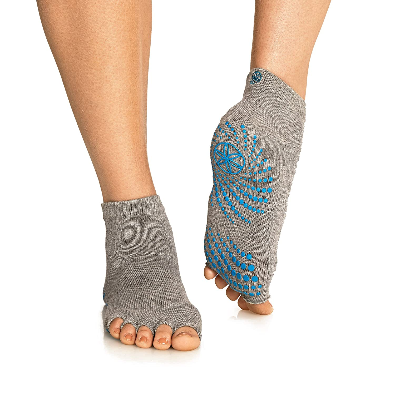 Gaiam 05-59203 Grippy Toeless Yoga Socks: Amazon.com.mx: Deportes y ...