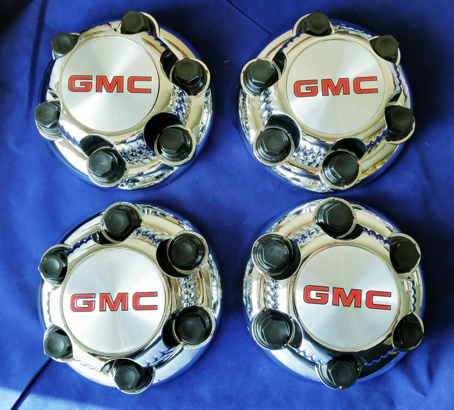 4 X GMC HD 8 Lug CHROME Center Caps Hubcaps Wheel Cover, 2000-2013 # 15006332 15052379 5195 5198 C5195 5198S Savana Sierra Yukon Van 2500 3500 Pickup Truck SRW JDM WORLD