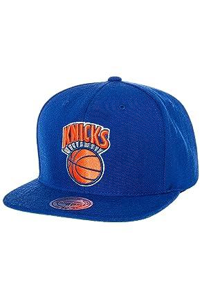 da2df2f9c4197 Mitchell & Ness Men's New York Knicks Wool Solid Snapback One Size Blue at  Amazon Men's Clothing store: Sports Fan Baseball Caps