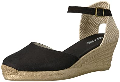 94e5665fb51 Soludos Women s Closed-Toe midwedge (70mm) Espadrille Wedge Sandal Black 5  Regular US
