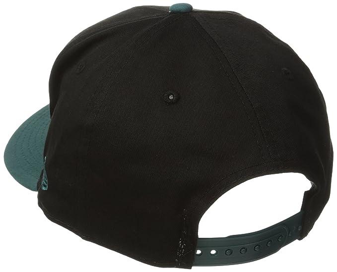 Amazon.com   NFL Philadelphia Eagles Baycik 9Fifty Snapback Hat   Sports  Fan Baseball Caps   Clothing aaca915986b