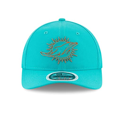 Amazon.com   New Era Miami Dolphins 2018 NFL On Field Training Packable  9TWENTY Cap   Sports   Outdoors cc667eb27adc
