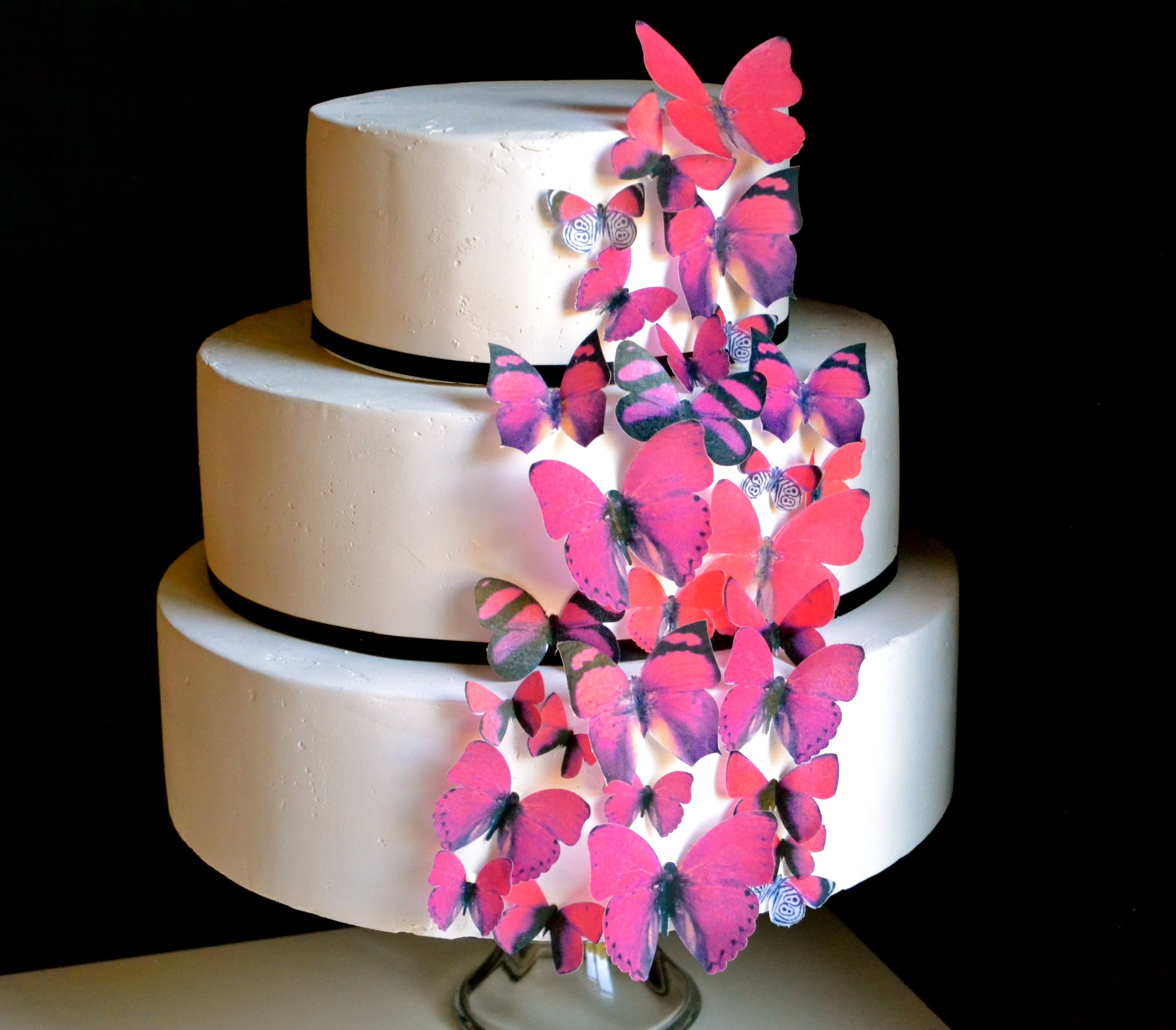 Edible Butterflies © - Set of 30 Red- Cake Decorations, Cupcake Topper
