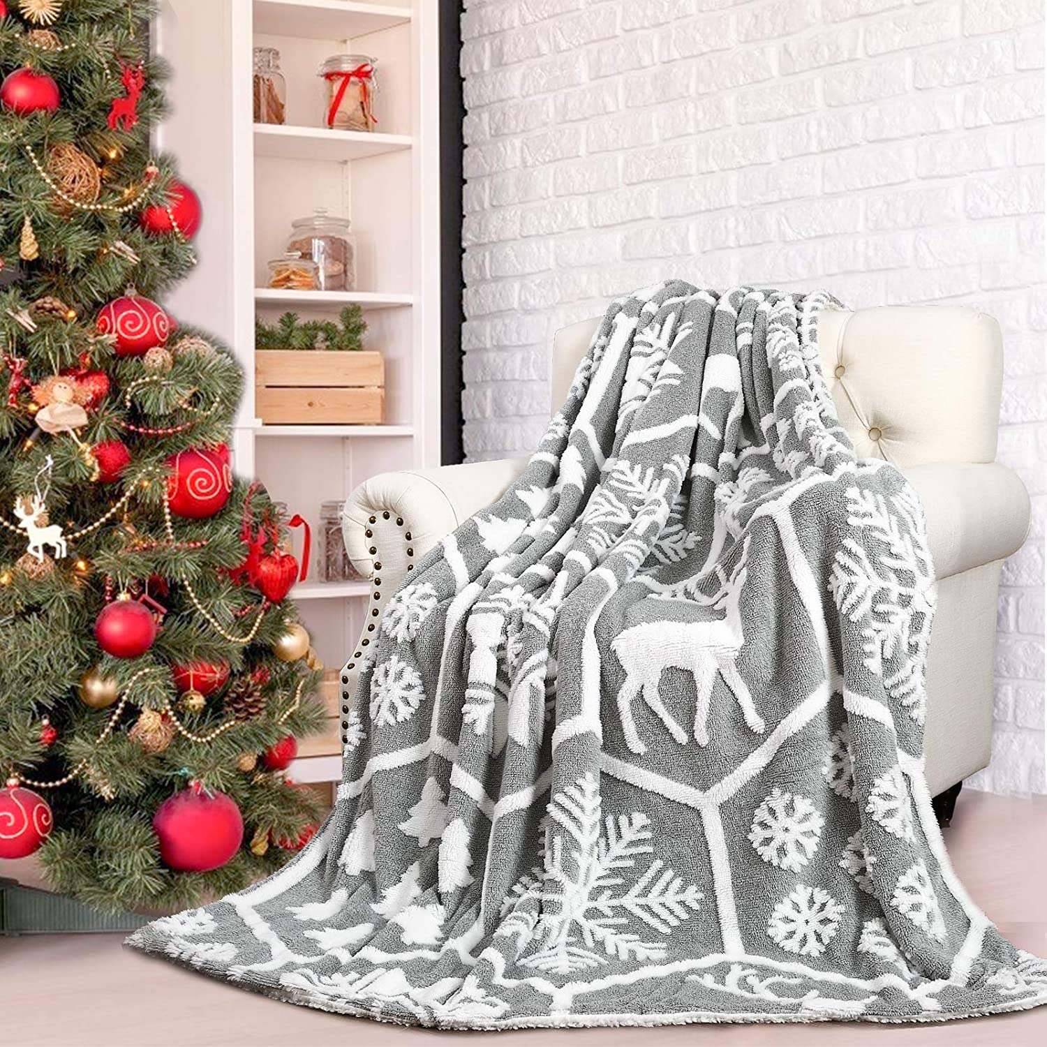 Comeet Soft Faux Sherpa Fleece Christmas Blanket for Kids Holiday, Warm Plush Throw Blanket for College Dorm Bedroom Sofa Couch Bed by Fireplace Gifts for Girls Boys Carpet Home Decor 50x60 in Grey