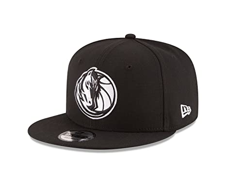 734913055935c Amazon.com   New Era NBA Dallas Mavericks Men s 9Fifty Snapback Cap ...