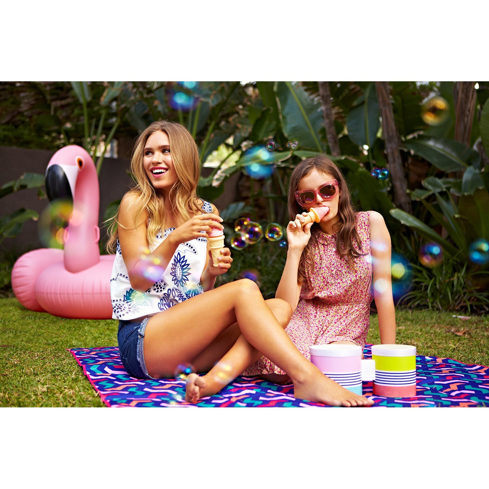 Sunnylife Luxury Adult Inflatable Pool Float Ride On Beach Toy - Pink Flamingo by SunnyLIFE (Image #6)