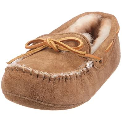 9325db70065 Minnetonka Women s Sheepskin softsole moccasin Slipper