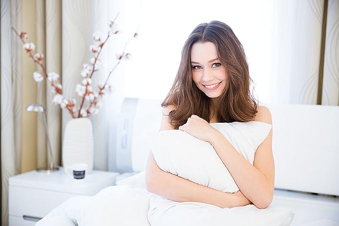 Continental Bedding 100% Premium White Goose Down Luxury Pillow