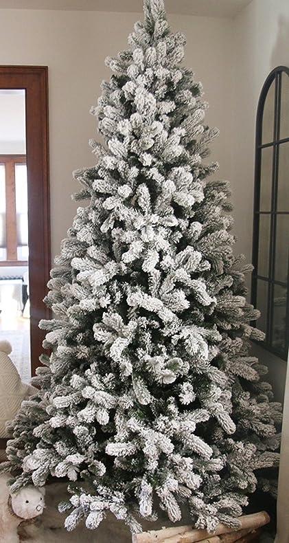 9 Ft Unlit Christmas Tree