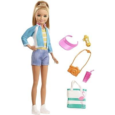 Barbie Vamos de viaje, muñeca con accesorios (Mattel FWV16): Juguetes y juegos