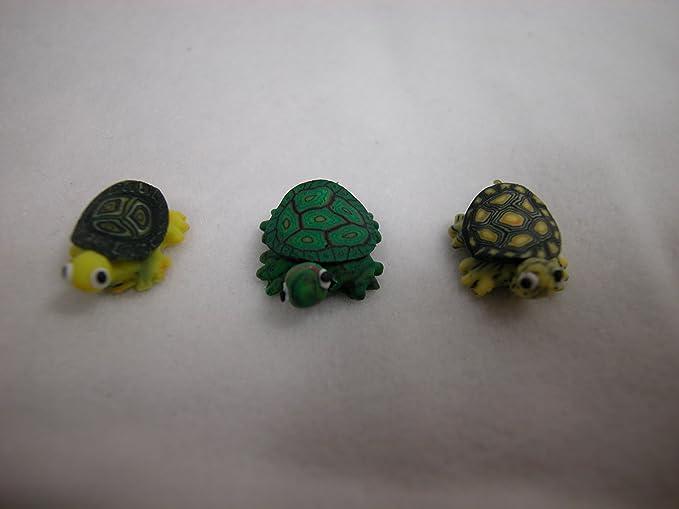 1:12 Scale Brown /& Green Ceramic Tortoise Tumdee Dolls House Garden Pet T6