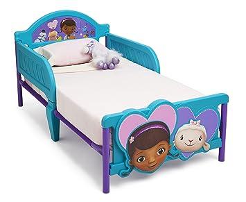 Amazon.com : Delta Children 3D-Footboard Toddler Bed, Disney ...