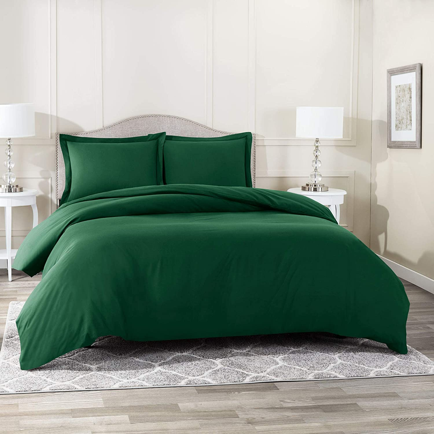"""Nestl Bedding Duvet Cover 3 Piece Set – Ultra Soft Double Brushed Microfiber Hotel Collection – Comforter Cover with Button Closure and 2 Pillow Shams, Hunter Green - Full (Double) 80""""x90"""""""