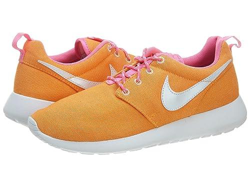ad8bd9e11 Nike Roshe Run Rojo Blanco - Zapatillas Deportivas para niños 599728 - 603   Amazon.es  Zapatos y complementos