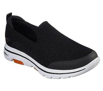 Go Walk 5-Prized Black Walking Shoes