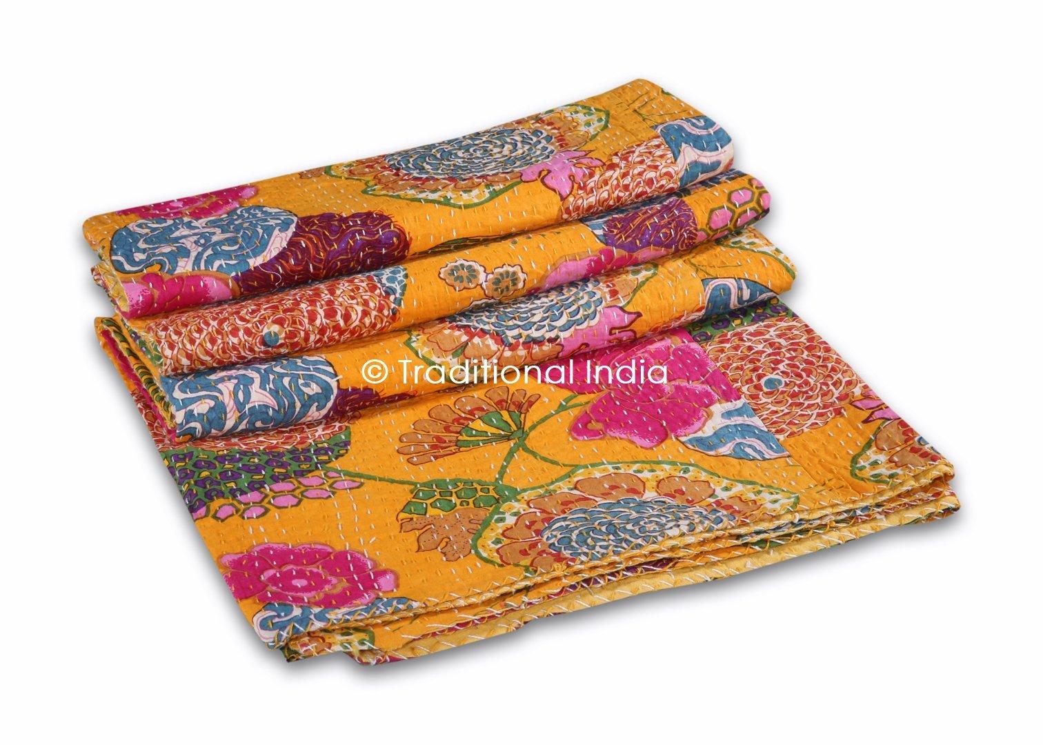 Indian kantha Quilt Throw, Fruit Print Kantha Gudri,Reversible Bedspread,Vintage Bedding Gudri Ralli Decor,Queen Size Bedspread 90x108''