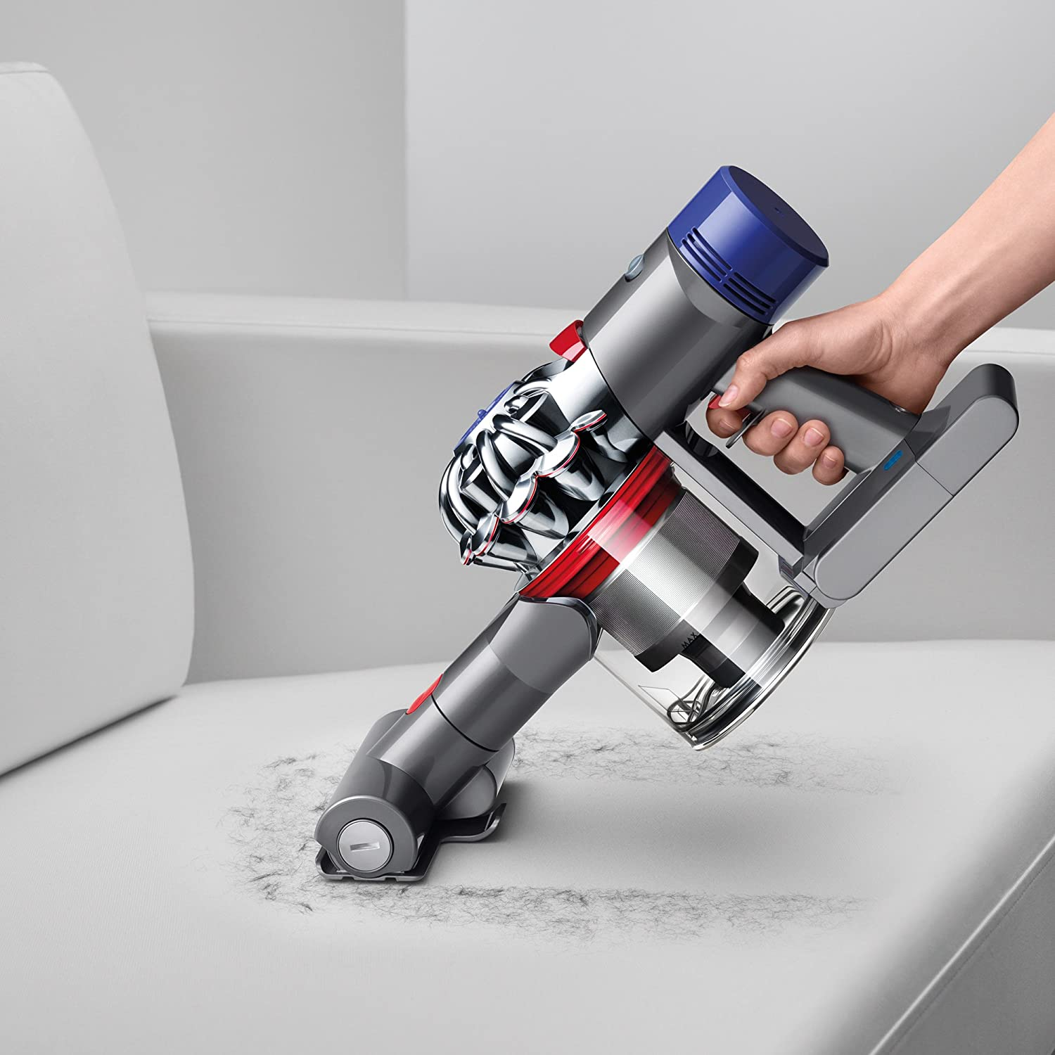 Dyson V8 vs. V10: Ease of use