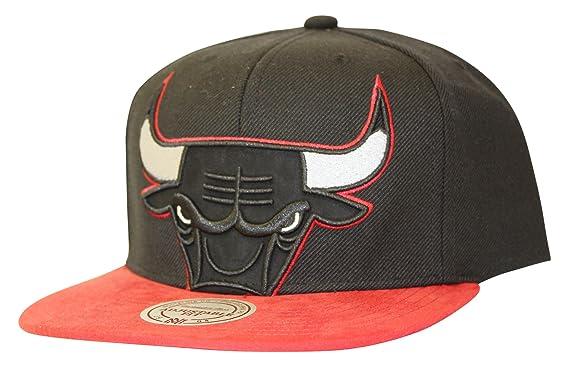 sports shoes ecb01 6aafb ... france mitchell ness mens nba chicago bulls bred cropped snapback hat  87c3c ec583