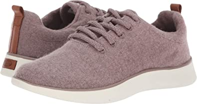 205d6b4865b Dr. Scholl s Freestep Women s Sneaker  Amazon.ca  Shoes   Handbags