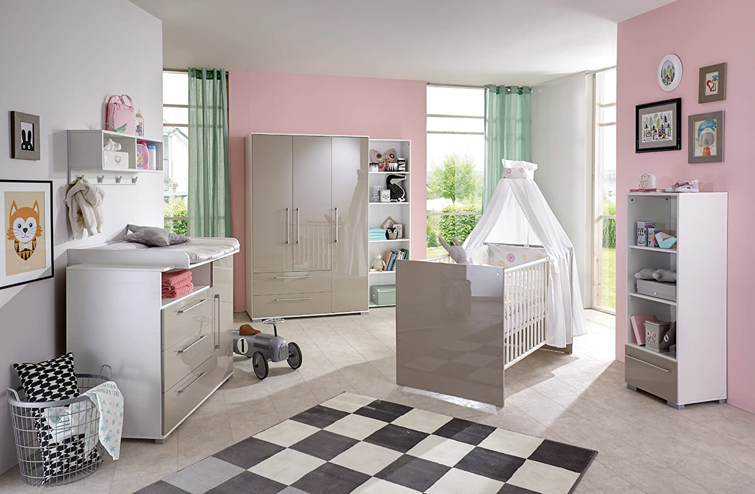 babyzimmer kinderzimmer babym bel komplett set babyausstattung babybett wickelkommode. Black Bedroom Furniture Sets. Home Design Ideas