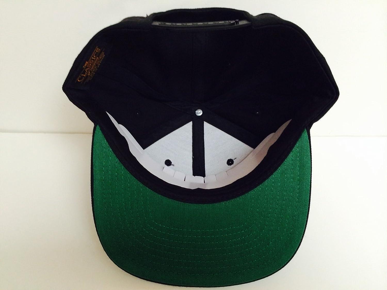 99e29688322 Amazon.com  XO The Weeknd Gold Snapback Hat  Sports   Outdoors