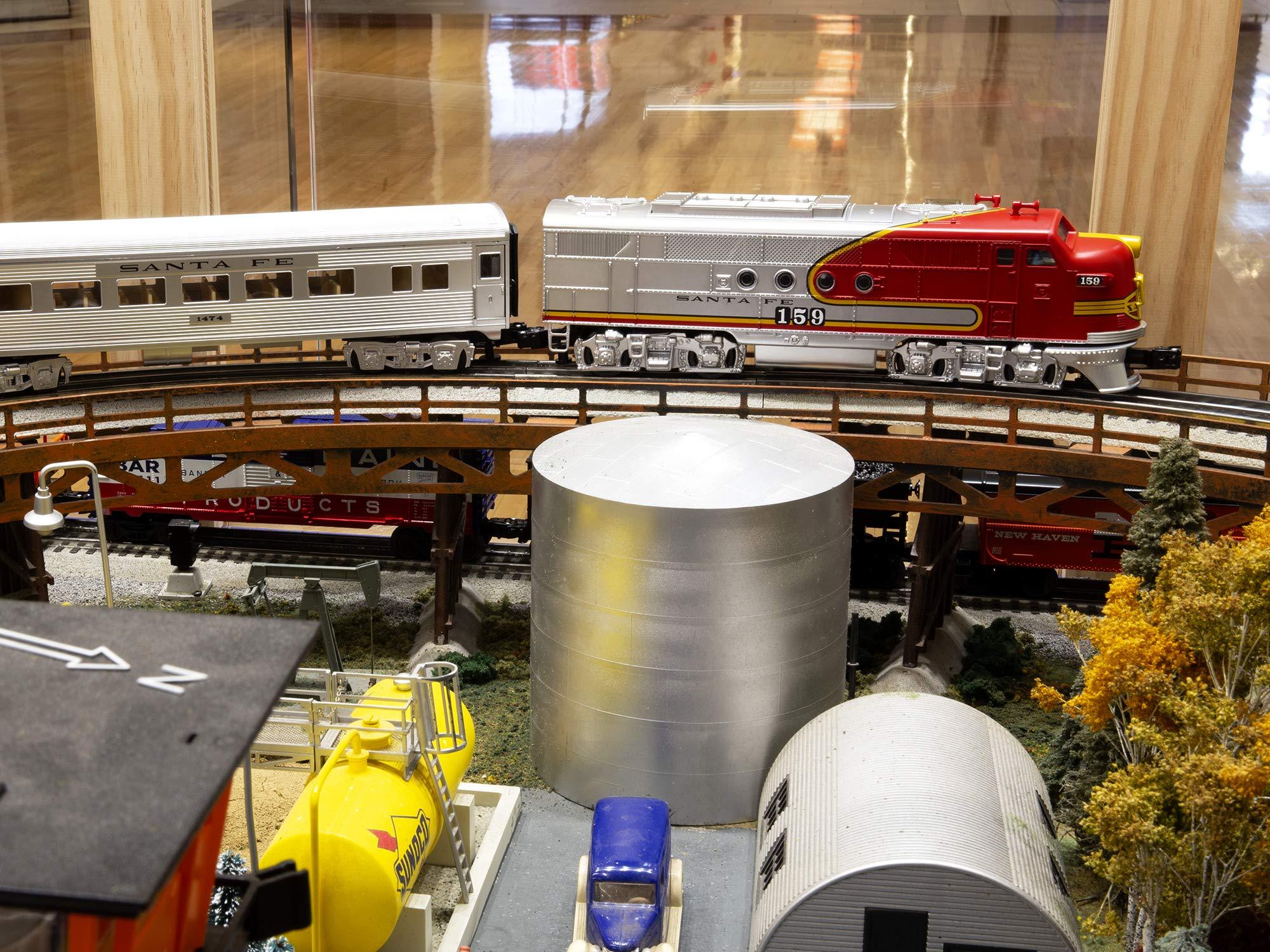 Lionel Santa Fe Super Chief Electric O Gauge Model Train Set w/ Remote and Bluetooth Capability by Lionel (Image #5)