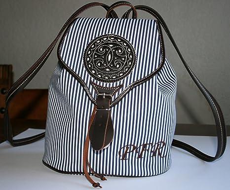 Bolso mochila mujer personalizada con las iniciales