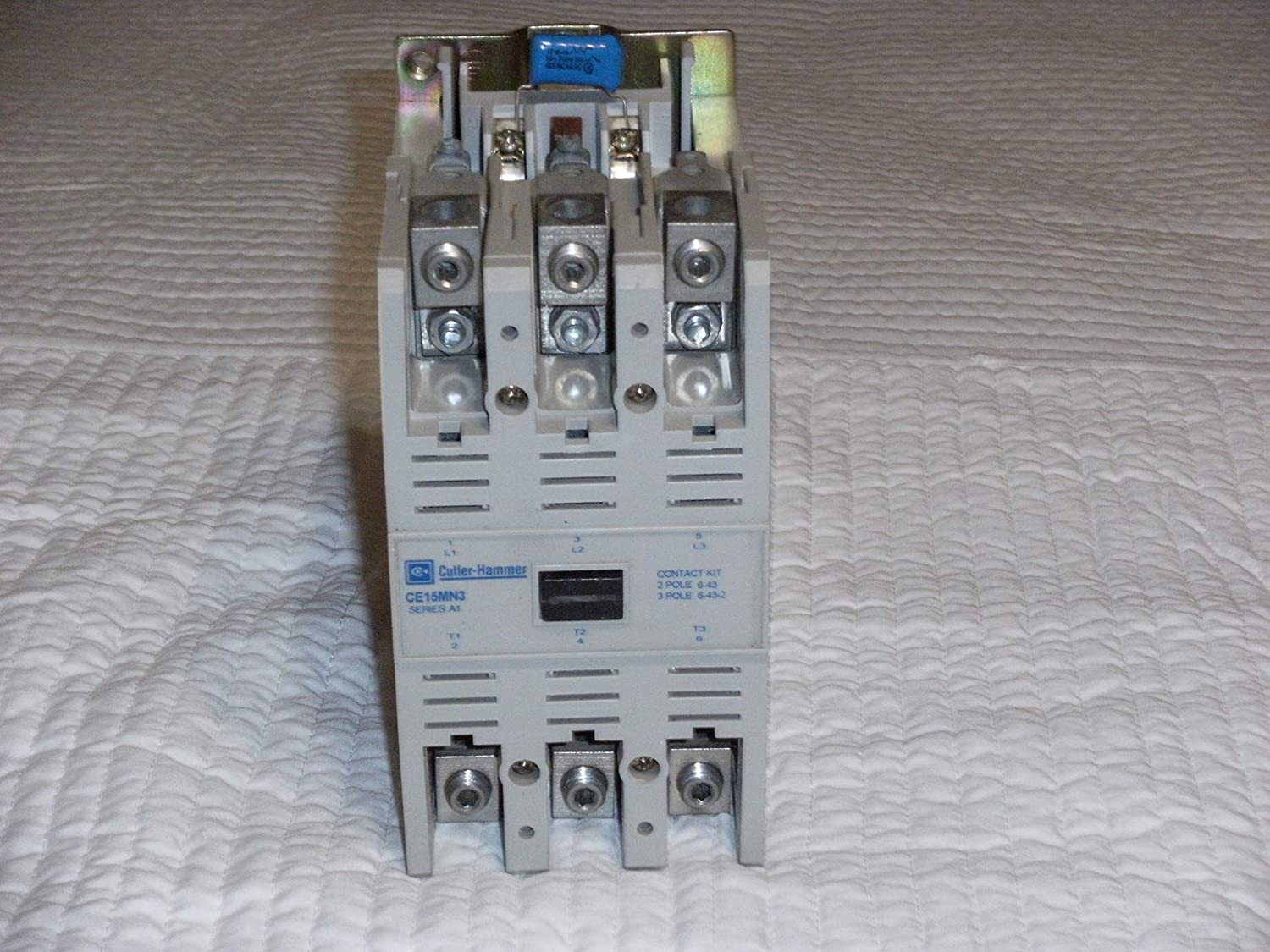 CUTLER HAMMER CE15FN3 CONTACTOR AMP 3 POLE    W// C320KGD2