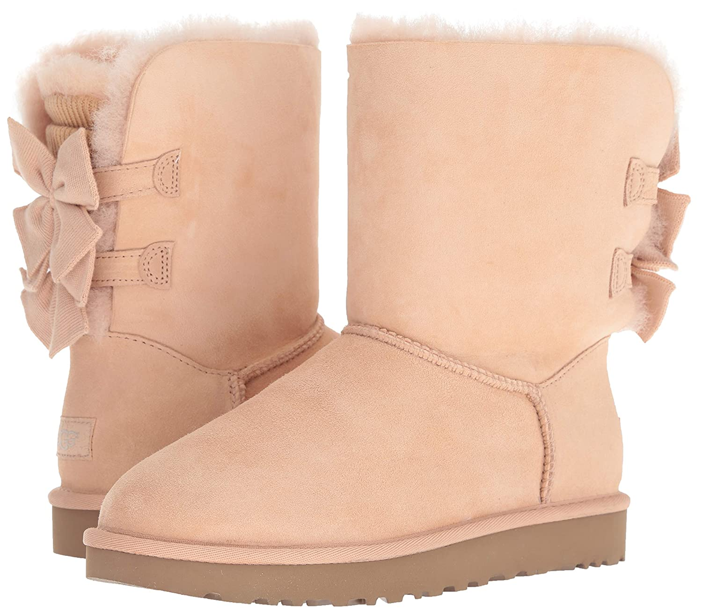 f95d8be8b45 UGG Women's W Bailey Bow Short Ruffle Fashion Boot