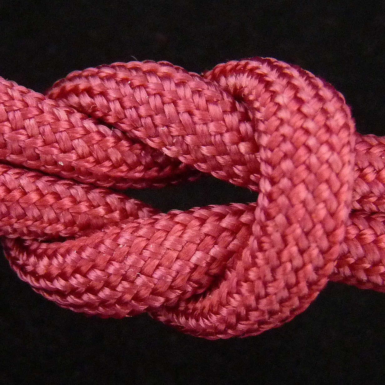 MilSpec Paracord Cranberry Red 110 ft. Hank, Military Survival Braided Parachute 550 Cord. Use with Paracord Tools for Tent Camping, Hiking, Hunting Ropes, Bracelets & Projects. Plus 2 eBooks. by Paracord 550 Mil-Spec (TM) (Image #10)