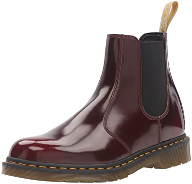 fe30a0908ad Dr. Martens Unisex 2976 Cambridge Brush Chelsea Boot