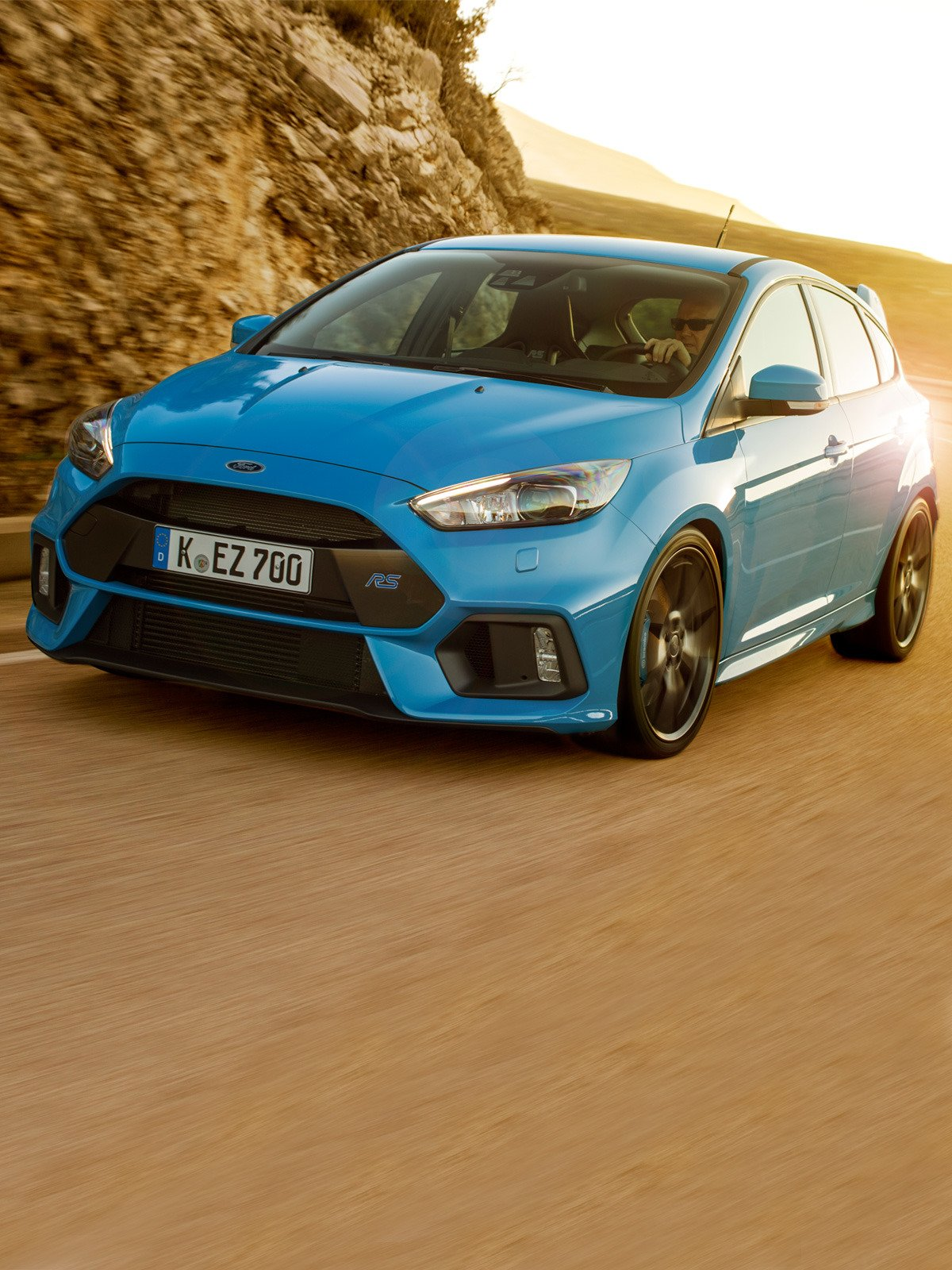 Amazon.com: 2016 Ford Focus RS Test (350 PS) - Fahrbericht - Review: Robert Pajak, Christian Brinkmann