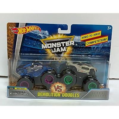 Hot Wheels Monster Jam Demolition Doubles OverKill Evolution VS Alien Invasion 1:64 Diecast: Toys & Games