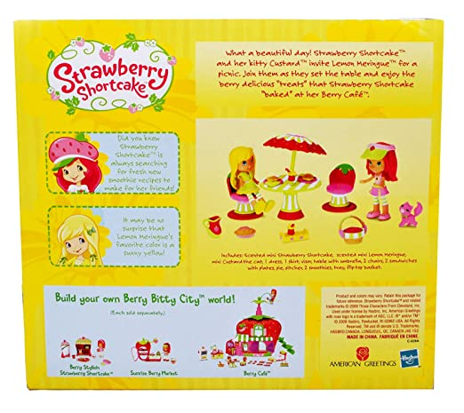 Amazon.com: Strawberry Shortcake aromática 3 inch Doll ...